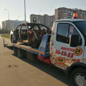 Фото процесса оказания услуг на дорогах города «Эвакуаторы 50-33-33»